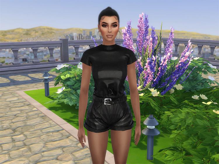 Kim Kardashian Sims 4 CC