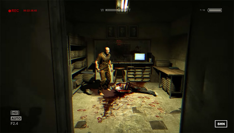 Outlast (2013) gameplay PS4