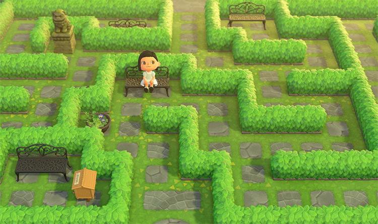 Classic shrub maze with seating - ACNH Idea