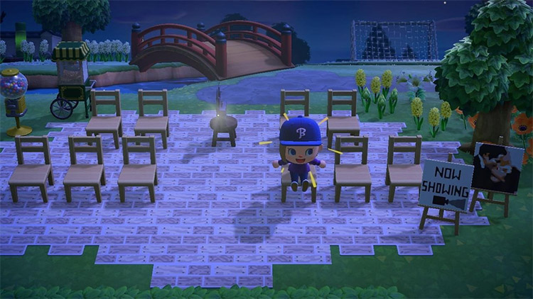 Outdoor movie theater for all villagers - ACNH Idea