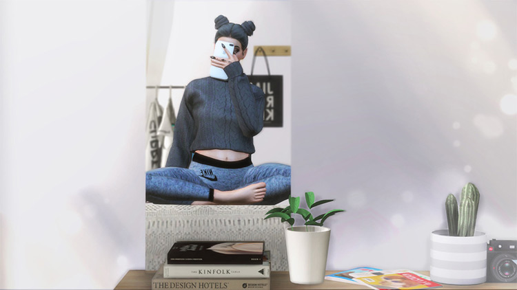 Mirror Selfie by Narokissims for Sims 4