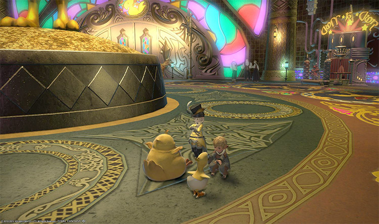 Rich Lalafell inside Gold Saucer with Chocobos - FFXIV Screen