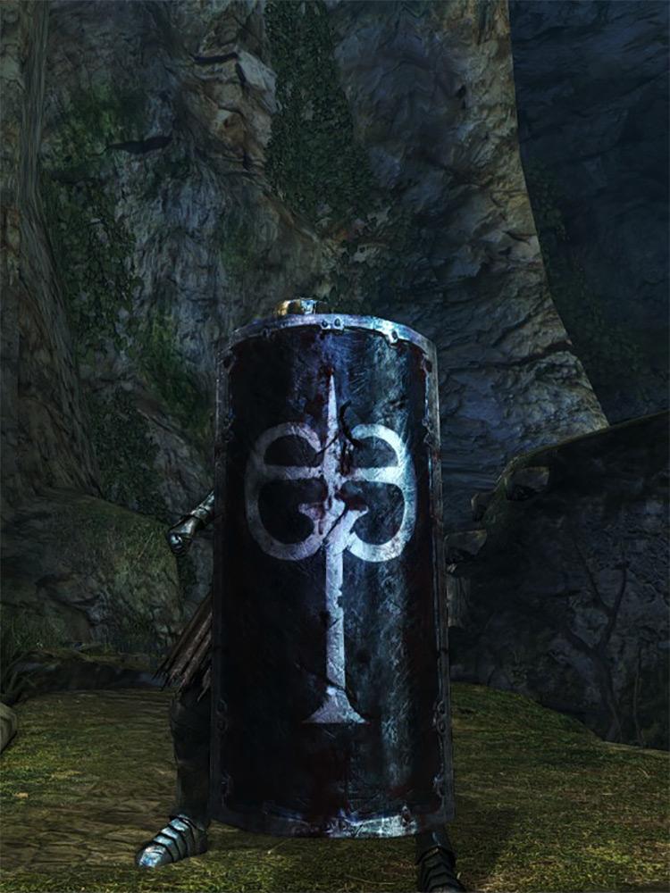 Black Iron Greatshield in DS1 Remastered