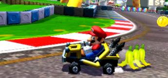 Mario Kart 7 3ds / Mario racing with bananas