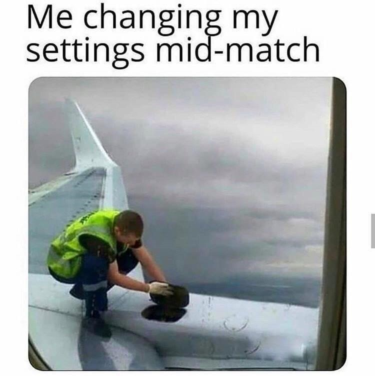 Changing settings mid-match airplane meme Overwatch