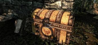 Bright Modded Treasure Chest in Skyrim