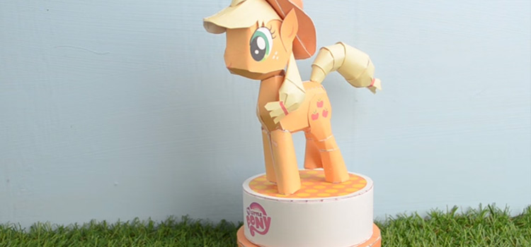 36+ My Little Pony DIYs & Crafts Perfect For MLP Lovers