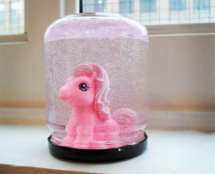 My Little Pony snowglobe