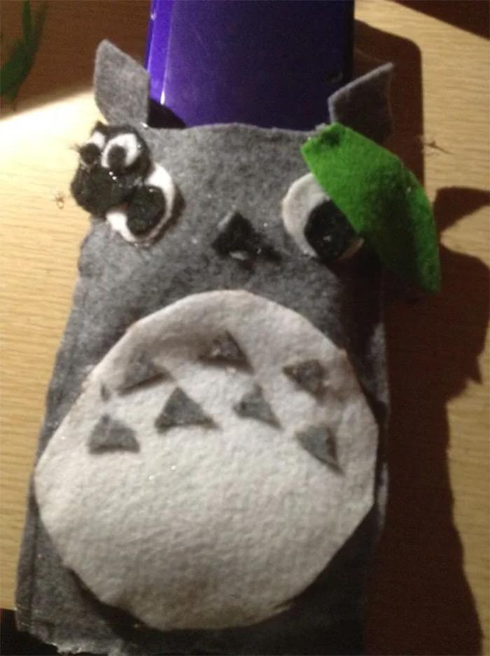 Totoro device holder