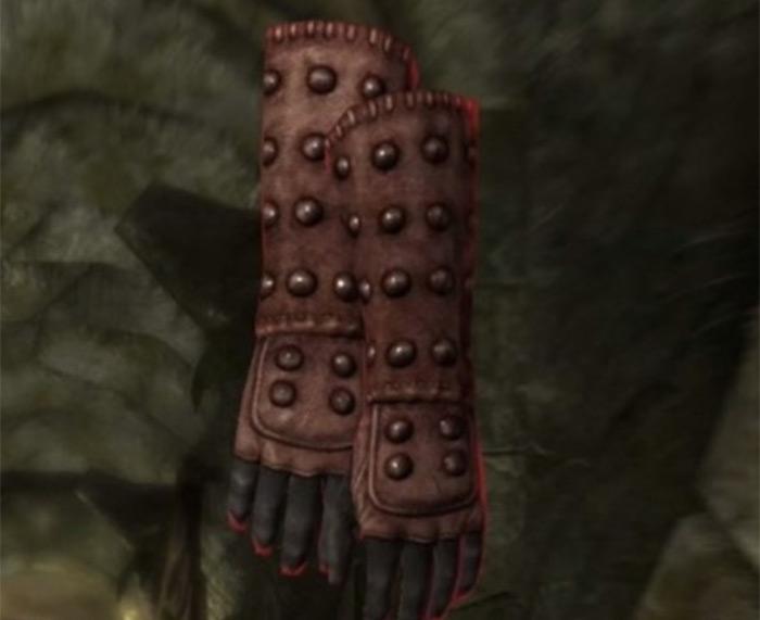 Shrouded Gloves model Skyrim