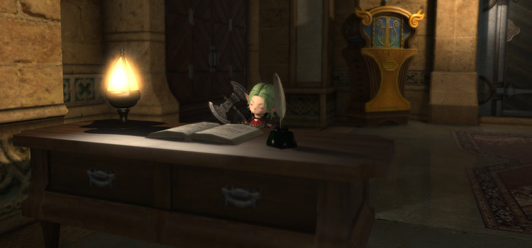 Lalafell beside a desk at the inn / Final Fantasy XIV