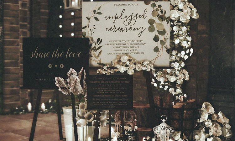 Wedding Signs for The Sims 4