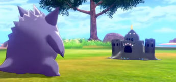 Gengar in battle vs shiny Palossand / Pokemon Sword