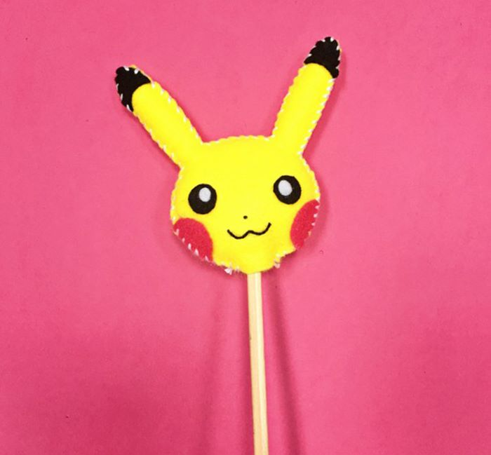 Pikachu design felt pencil topper