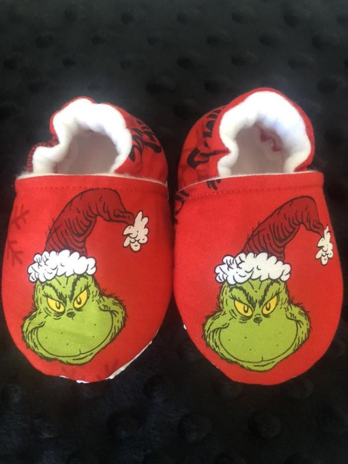 Grinch shoes