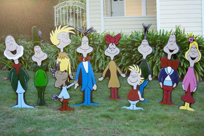 Whoville characters lawn decor