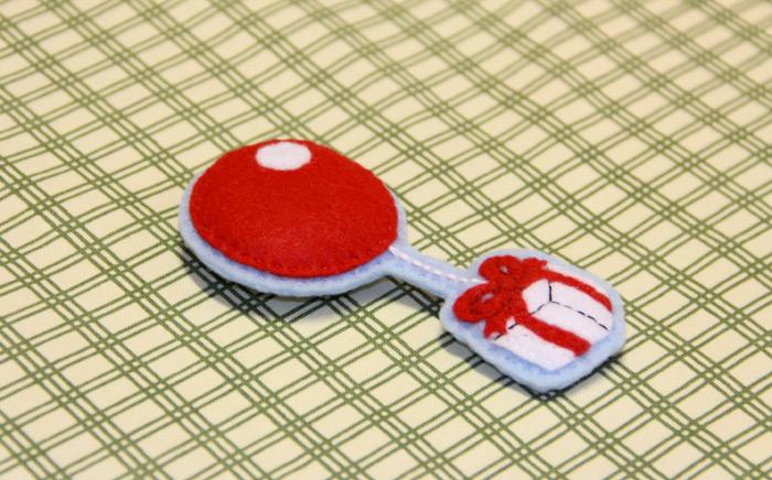 Handmade baloon present magnet