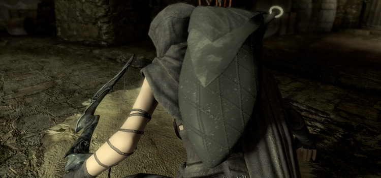 Skyrim Thief character cloaked - Mod Screenshot