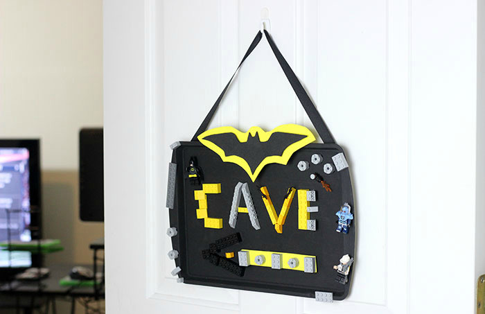 Magnetic batcave sign