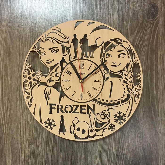 Frozen wooden wall clock diy