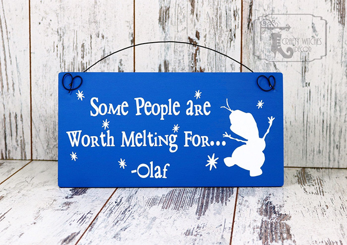 Olaf wooden wall hanging sign