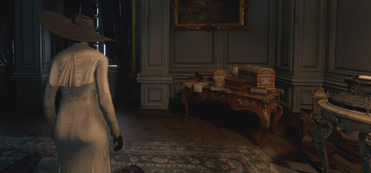 Playing as Alcina Dimitrescu in Resident Evil Village (Modded)