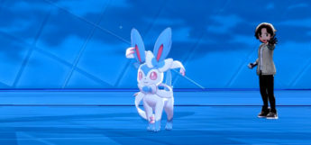 Shiny Sylveon in battle / Pokemon SwSh screenshot