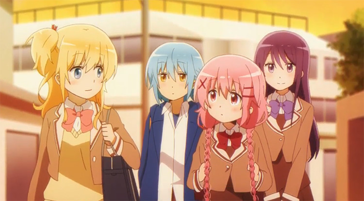 Kaoruko Moeta with her friends - Comic Girls Anime