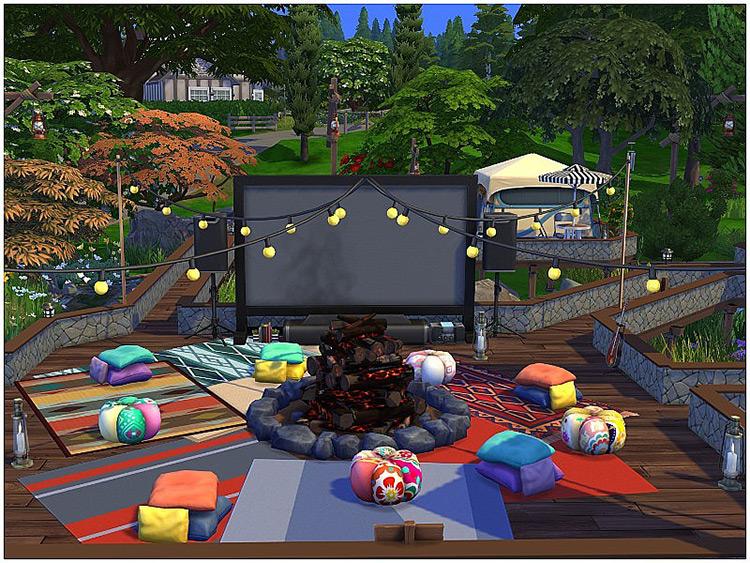 Cinema Camping Sims 4 screenshot