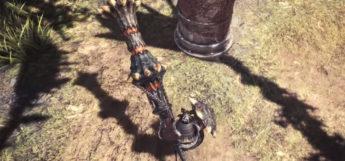 Lance battle screenshot in MHW