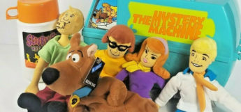 ScoobyDoo Collectibles - Retro lunchbox, thermos, and plushies
